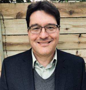 Rodolfo Espinoza Headshot