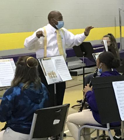 Quincy Hilliard working with a K12 band